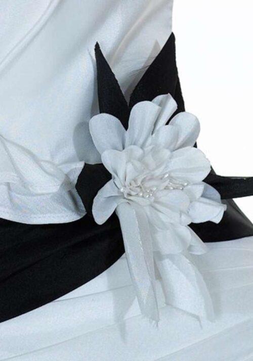 Flot detalje på brudekjolen model jfy125-04 fra Unique kjoler.